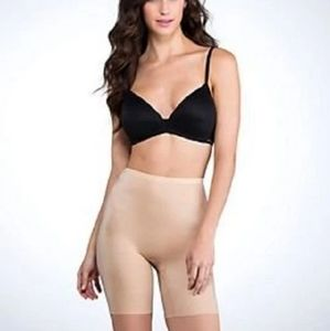 BNWT SPANX Mid Thigh Smoother in NUDE Size 2XL